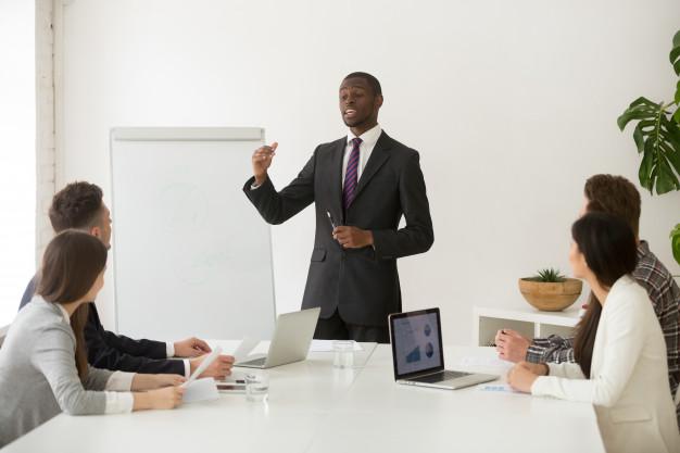 business coach مربی گری و کوچینگ